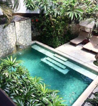 jardines pequeños con piscina